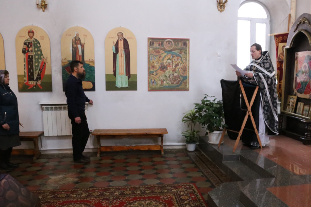 Миссионерская Литургия Преждеосвященных Даров в Покровском храме села Никульское